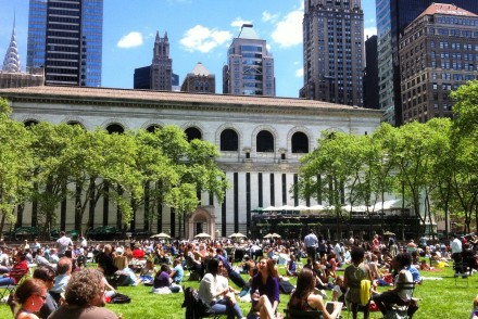 Bryant-park-summer-nyc