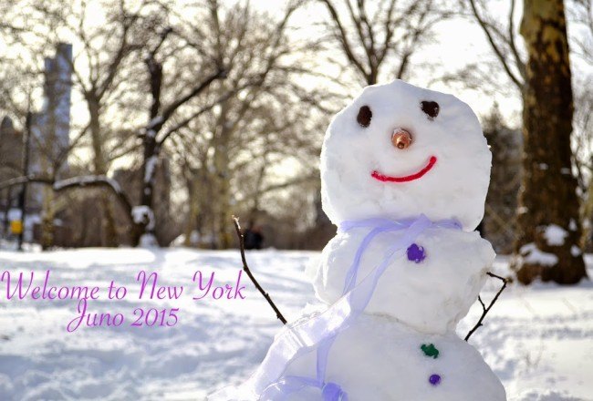 New-York-Blizzard-Juno-Central-Park-snowman-travelblogger