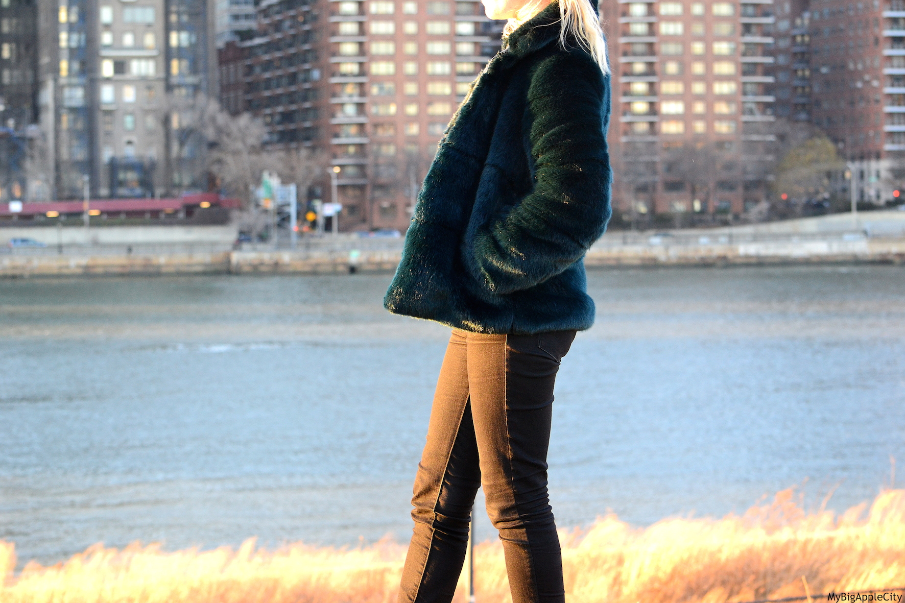 OOTD-Fur-Coat-MyBigAppleCity-Fashionblogger