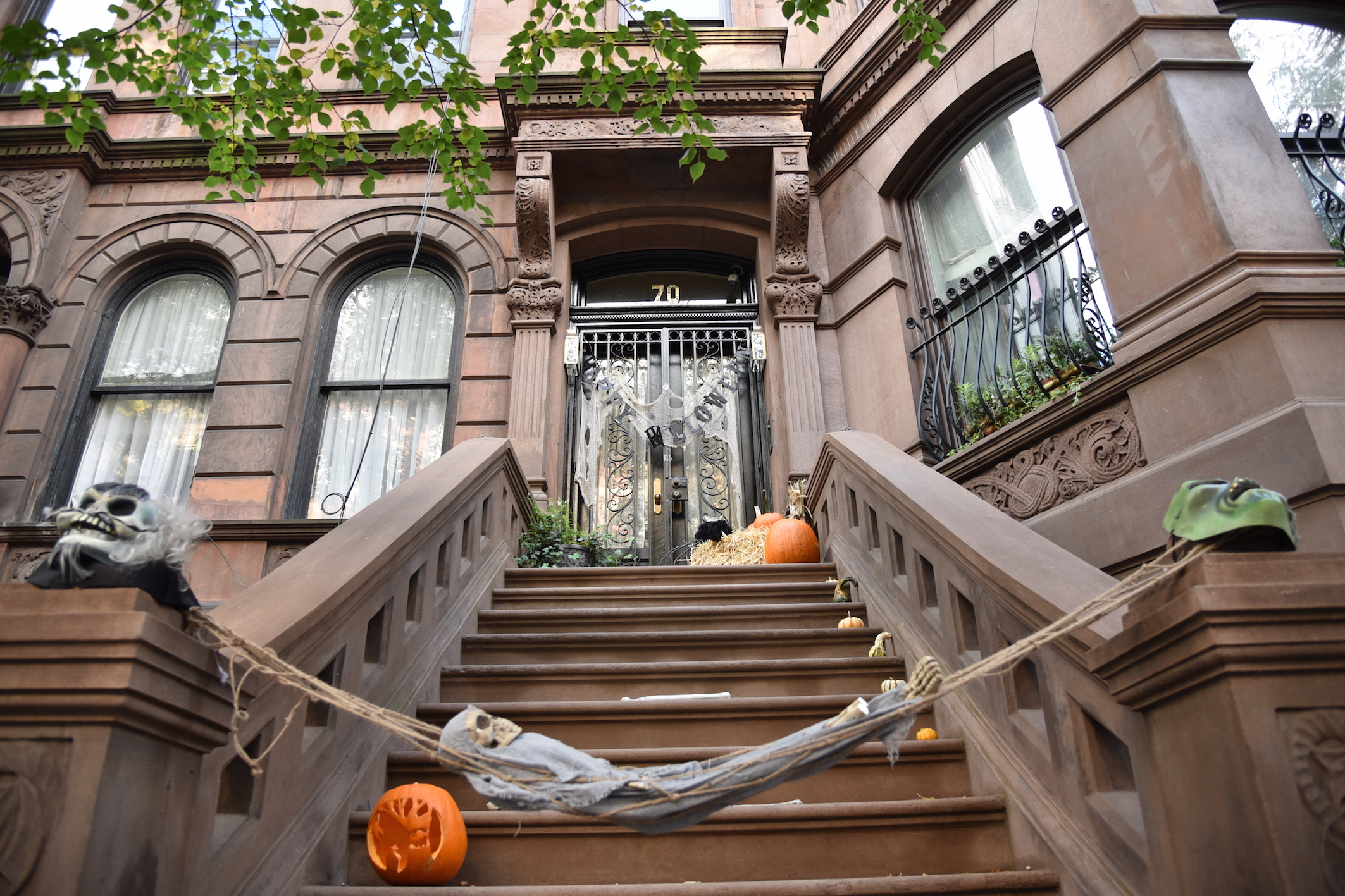 Halloween-NYC-haunted-house-2015-travelblog-mybigapplecity