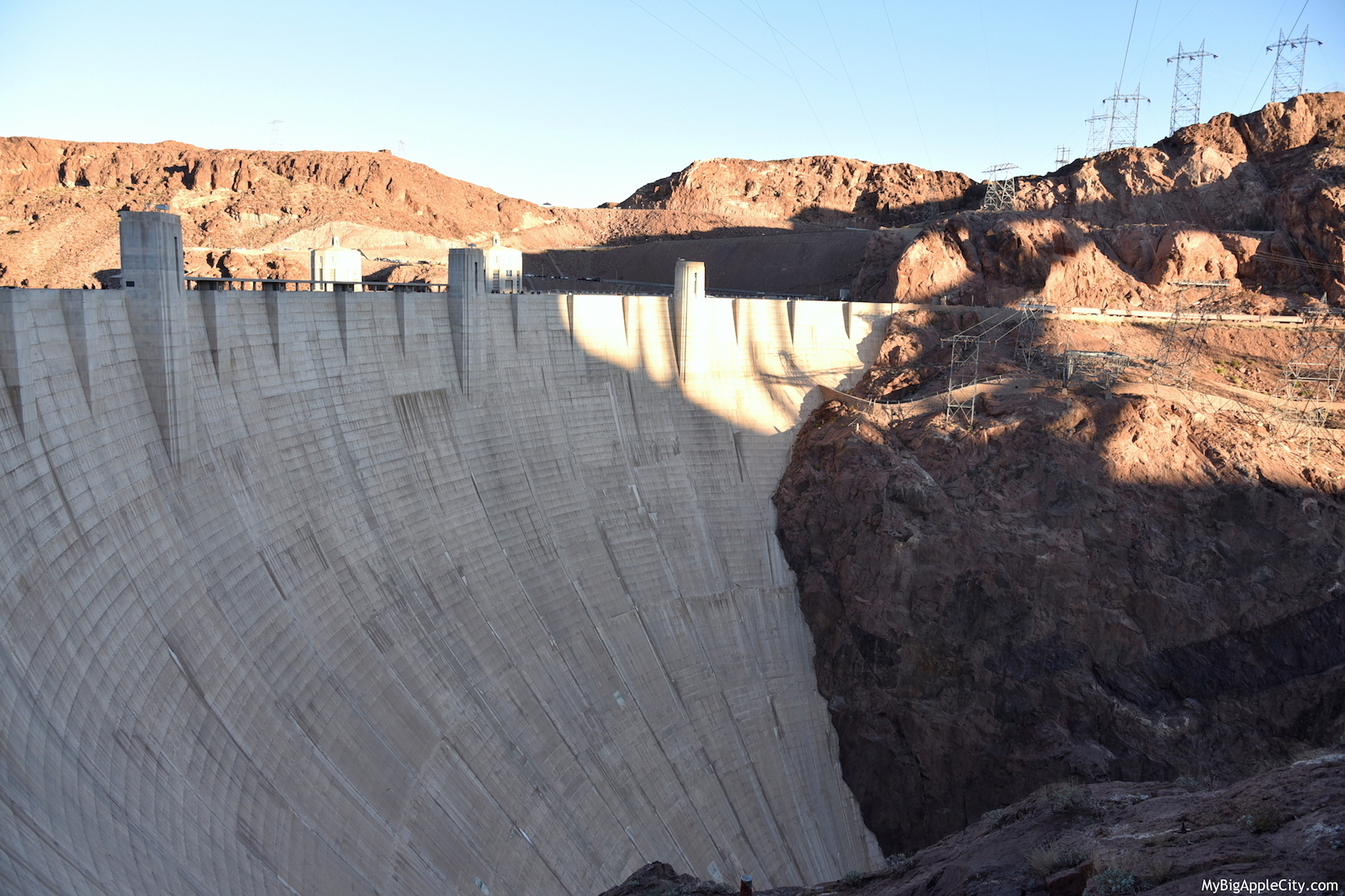 Site-Hoover-Dam-USA-travel-blogger-MyBigAppleCity