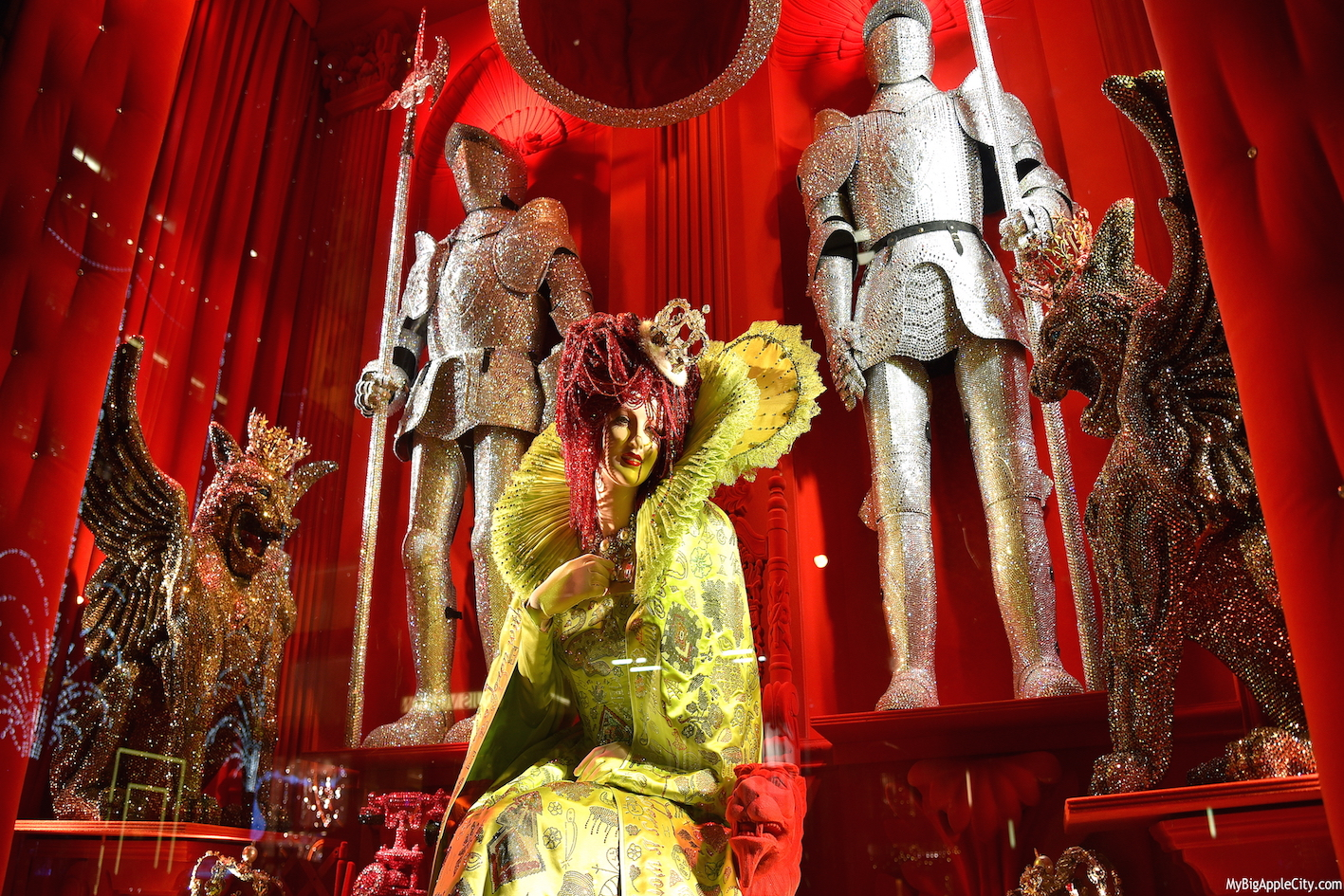 Bergdorf-Holiday-windows-new-york-travelblogger-mybigapplecity