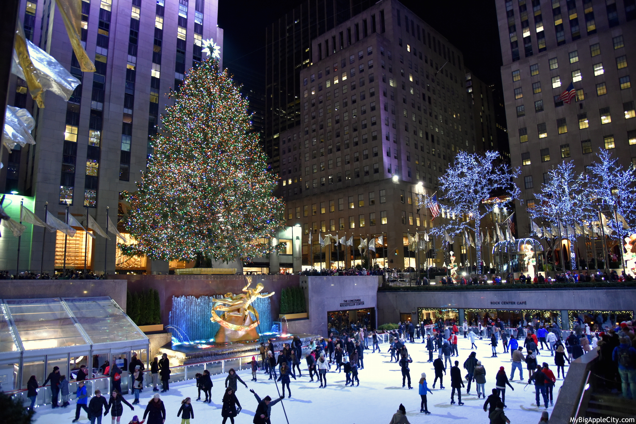 Christmas-in-New-York-manhattan-rock-center-MyBigAppleCity