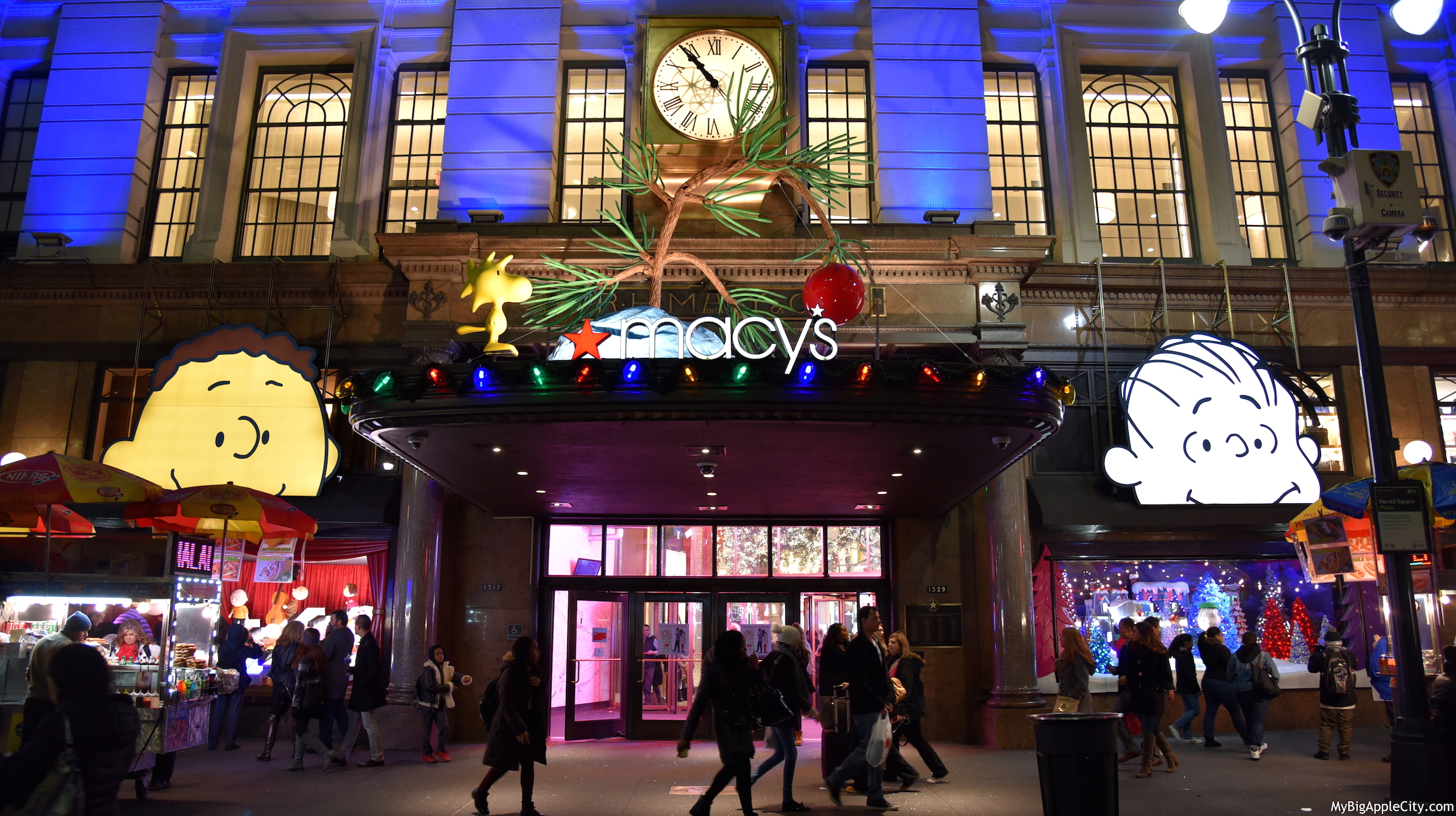 Macys-holiday-window-christmas-new-york-mybigapplecity