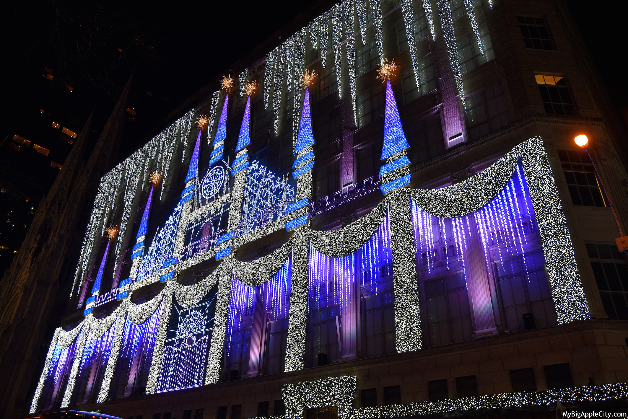 Les d corations de no l new york for Illumination exterieur noel