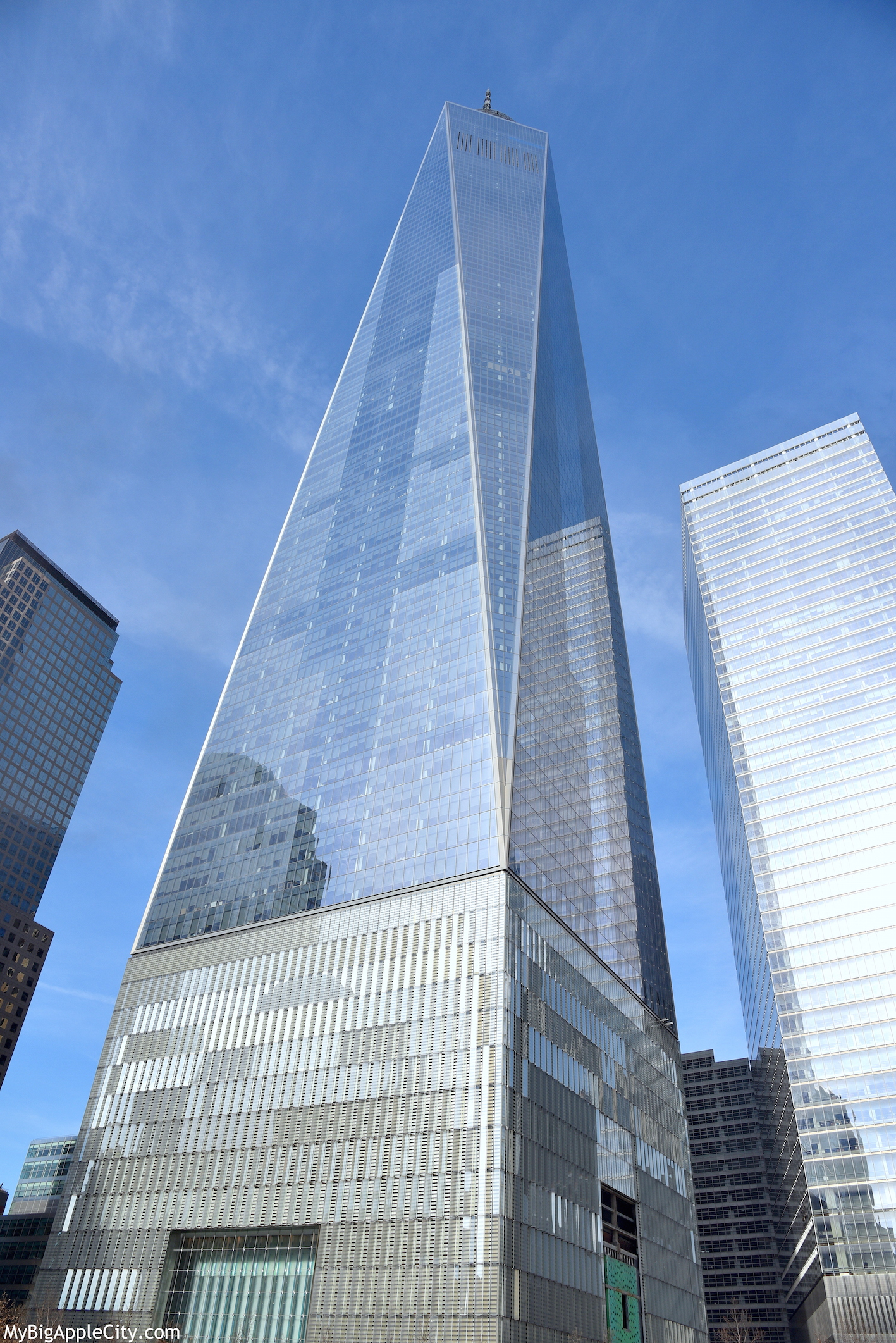 Freedom-Tower-WTC-2016-NYC-photography-mybigapplecity