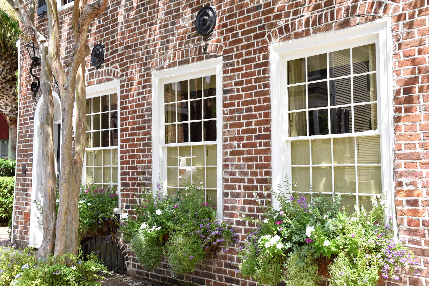 Southern Charm brick house style in Charleston