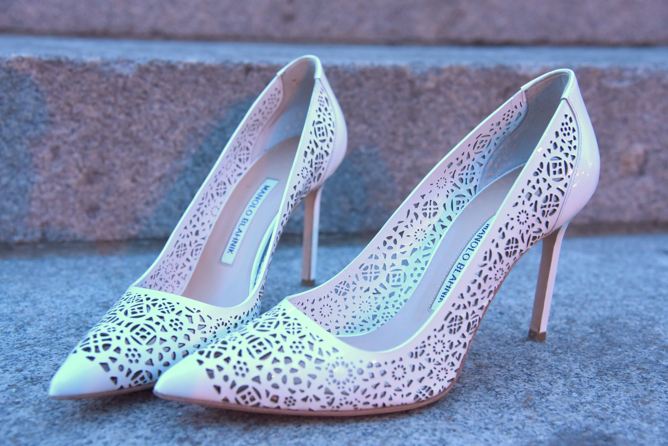 manolo-blahnik-shoes-laser-cut-fashion-blogger-nyc-mybigapplecity