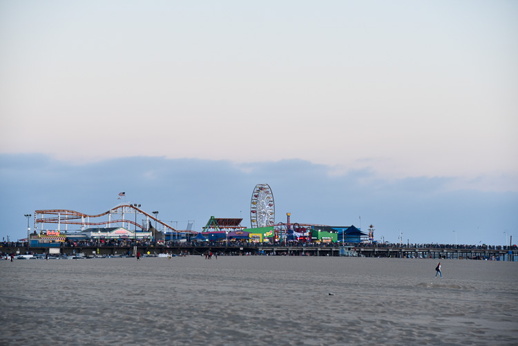 Santa Monica boardwalk Los angeles travel blogger