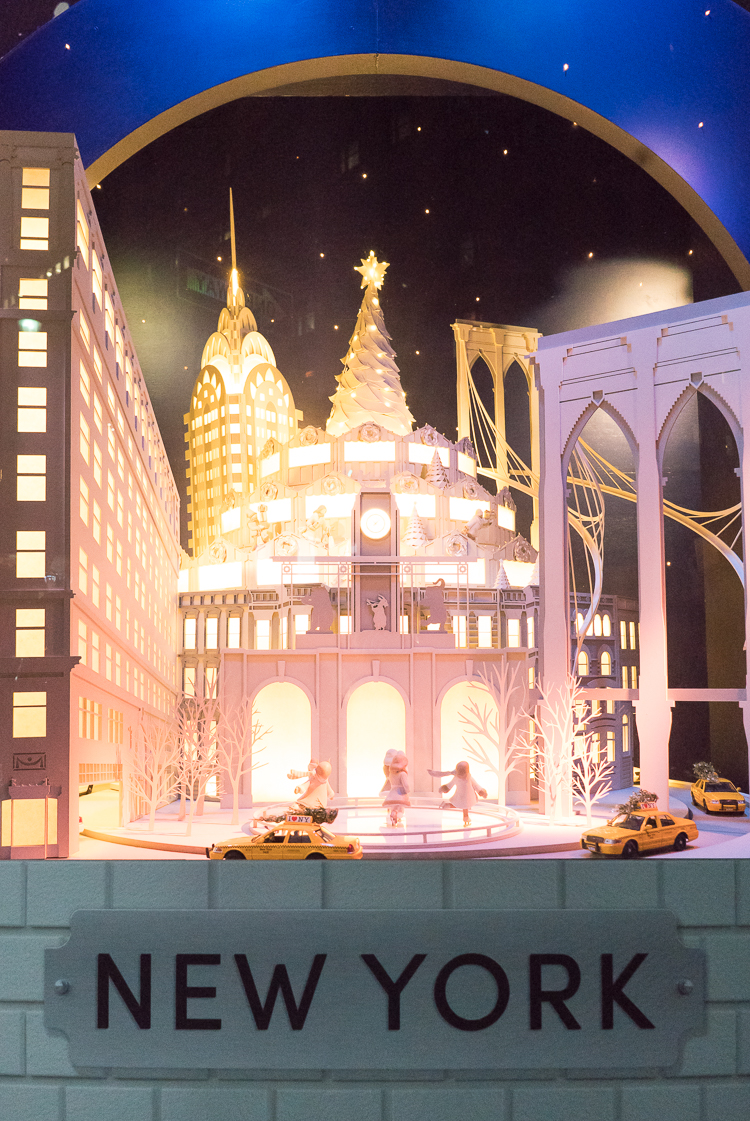 Lord and Taylor Holiday Windows New York Travel blog