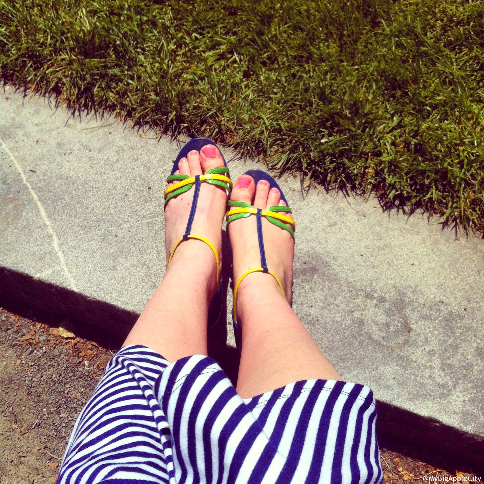 summer-ootd-shoefie-nyc-blogger