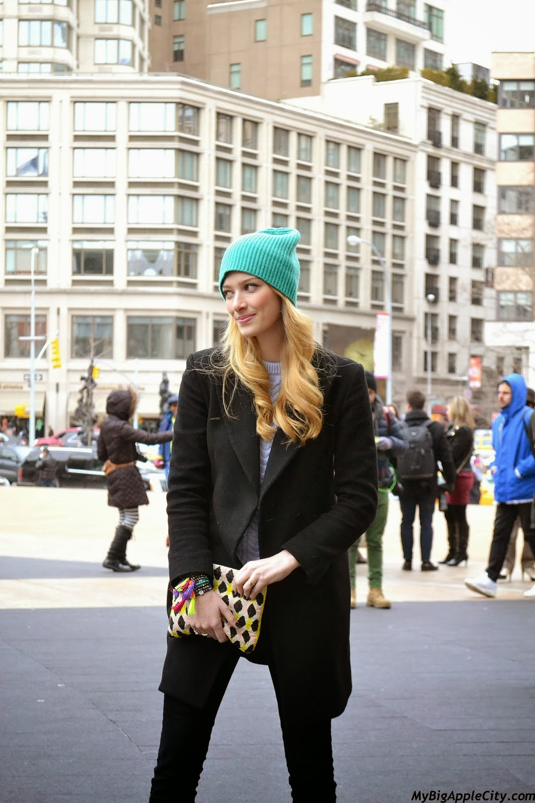 new-york-fashion-week-streetstyle-blonde