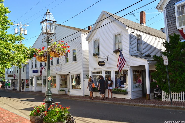 Edgartown-Martha's-Vineyard-visit-travel-usa